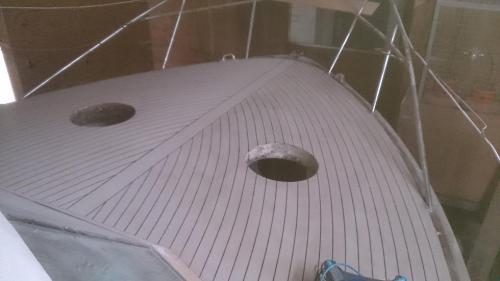 dsc 0113-small-classic-motot-boat