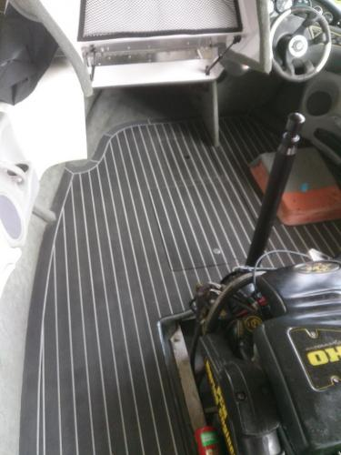 Synthetic decking on boat